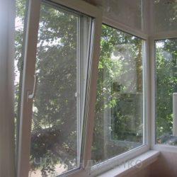 osteklenie-balkonov-i-lodzhiy_new_639d2875zm2kua_800x600.jpg